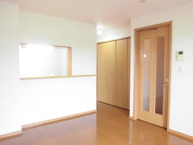 フィオーレ・アロッジオⅡ 01030号室の玄関