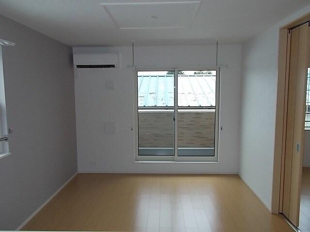 エトワール Ⅱ 02020号室のリビング
