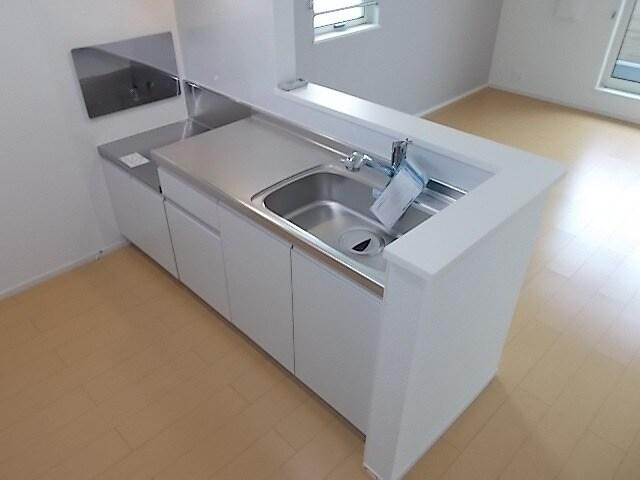 エトワール Ⅱ 02020号室のキッチン