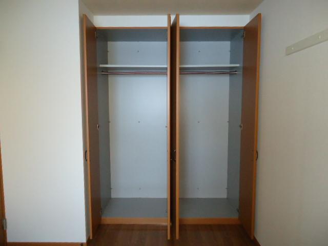 ユア・ハウス 00102号室の設備