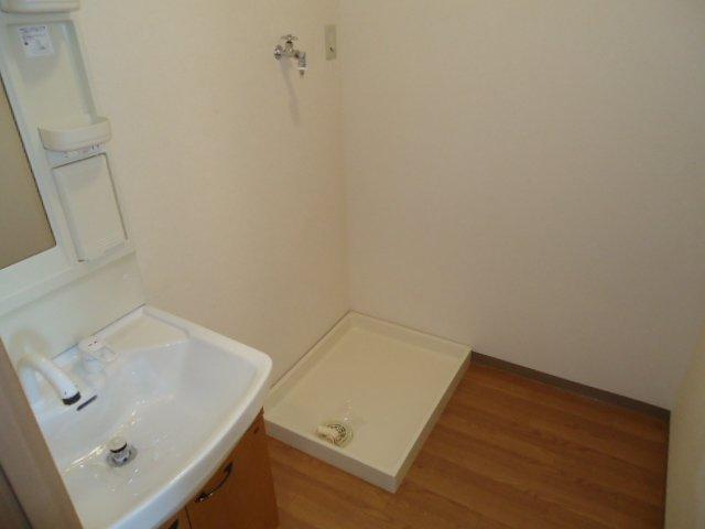 ユア・ハウス 00102号室のその他