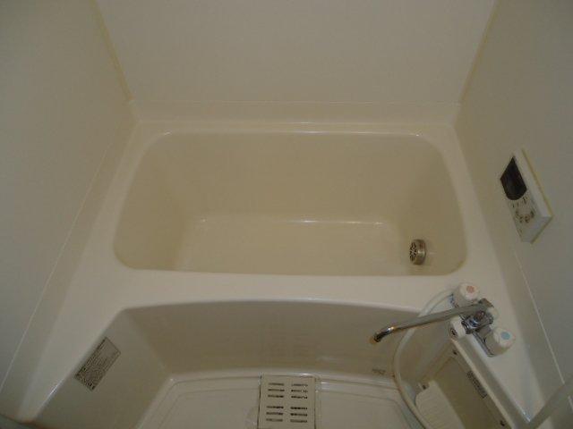 ユア・ハウス 00102号室の風呂