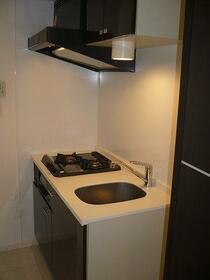 REV REFAYS-MANA 902号室のキッチン