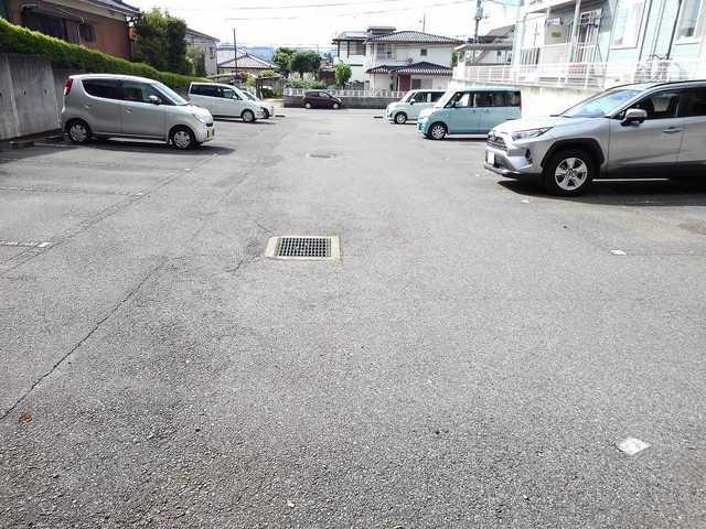サニ-ヒルA 01040号室の駐車場