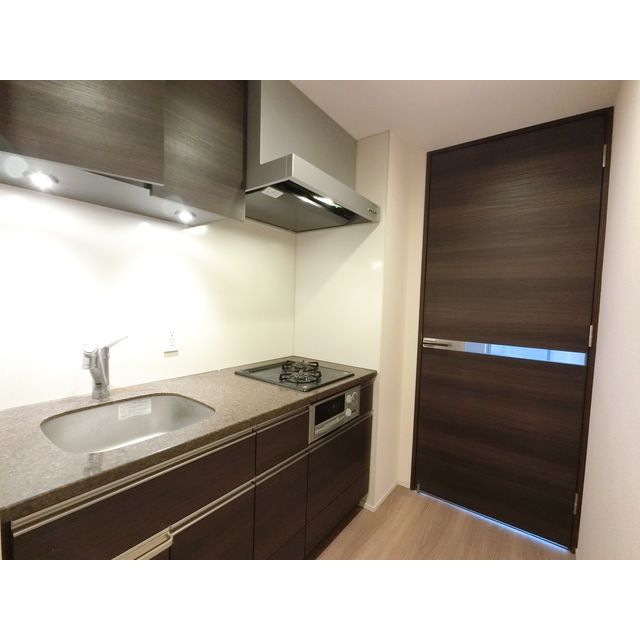 ザ・マジェスティコート目黒 609号室のキッチン