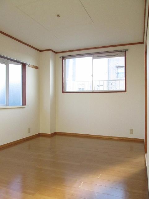 エルディムソウノダイ 02010号室のベッドルーム