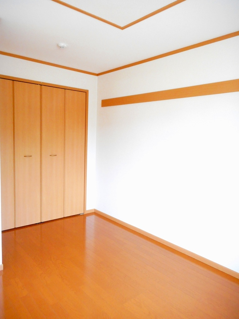 シャローム Ⅱ 01020号室の居室