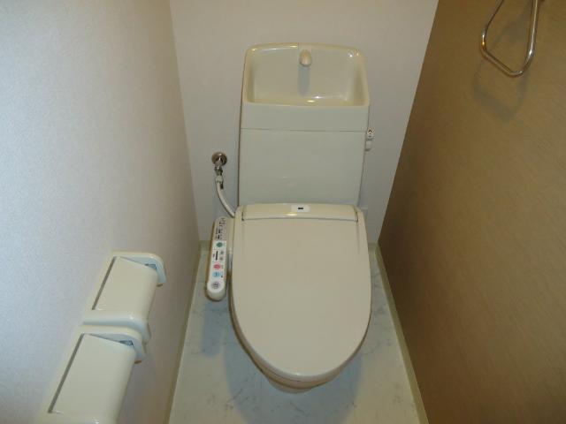 ネオ・エレガンス 102号室のトイレ