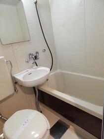 パークハイツ F号室の風呂