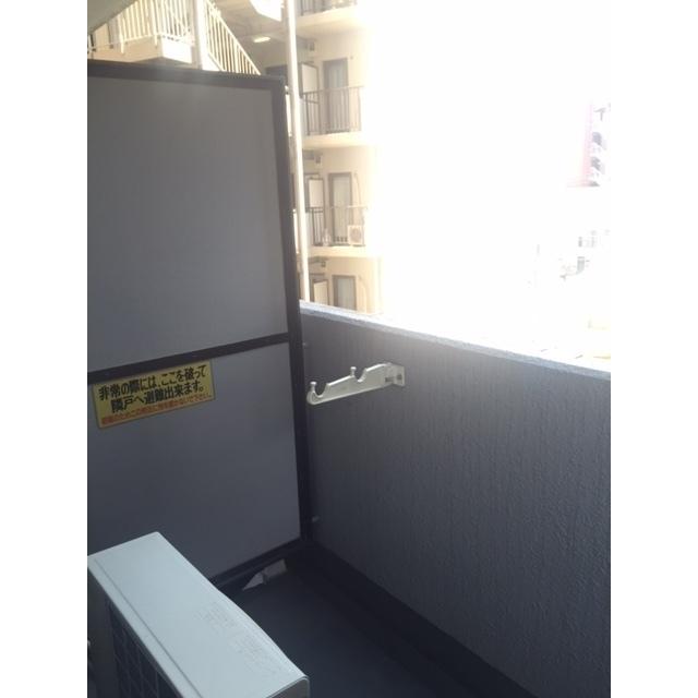 ライオンズマンション相模原第七 413号室のバルコニー