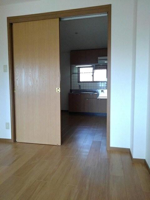 ハッピーハウス大善 02030号室の収納