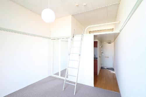 レオパレスROYALCOURT 107号室のキッチン