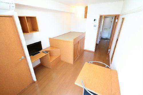 レオパレスラ ホヤ 104号室のトイレ