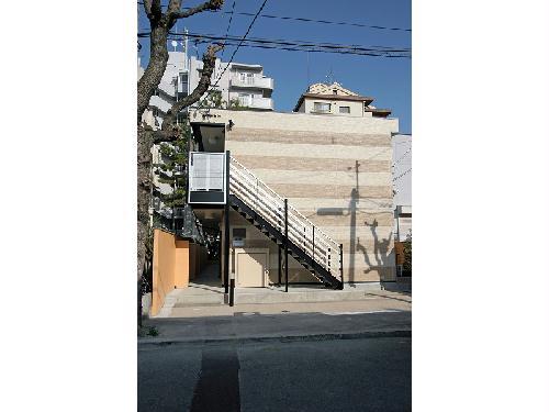 レオパレスアルカディア 105号室の外観