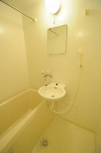 レオパレスK 202号室の風呂