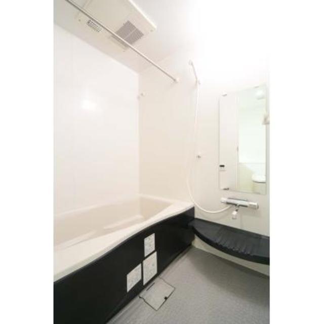 トレステージ四谷 203号室の風呂