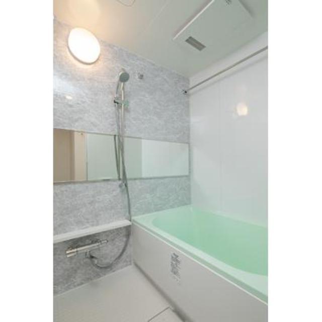 グランクリュ新宿御苑 801号室の風呂