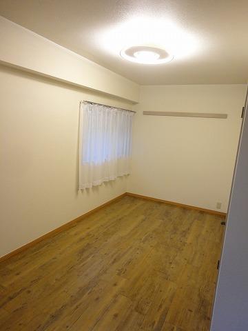 アリーバ 406号室のリビング