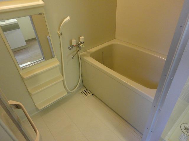 アリーバ 406号室の風呂