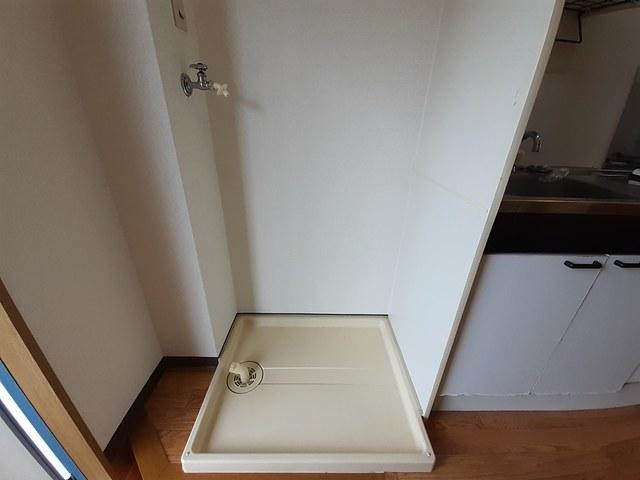 ラーニングキャッスル香A 01090号室の玄関