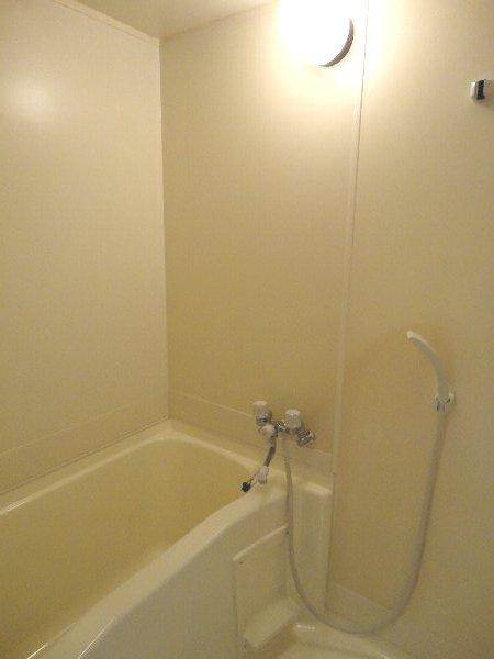 リジョイス桂 105号室の風呂