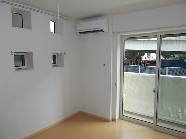 プラシード堀B 01010号室のリビング