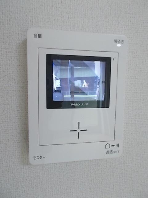 プラシード堀B 01010号室のエントランス