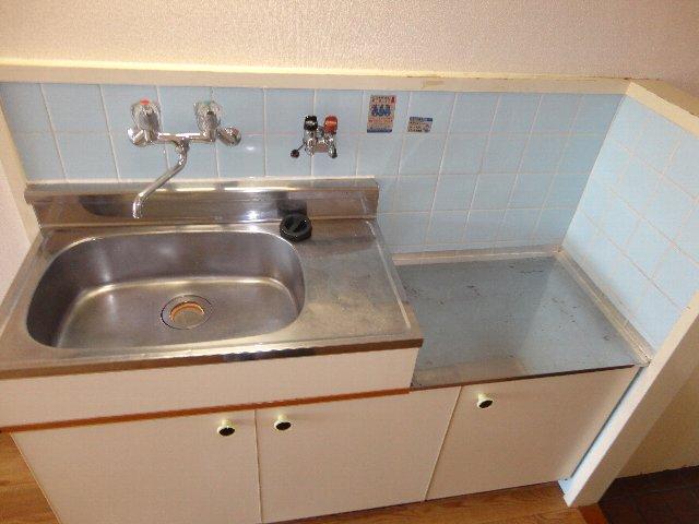 テラスワン17 102号室のキッチン