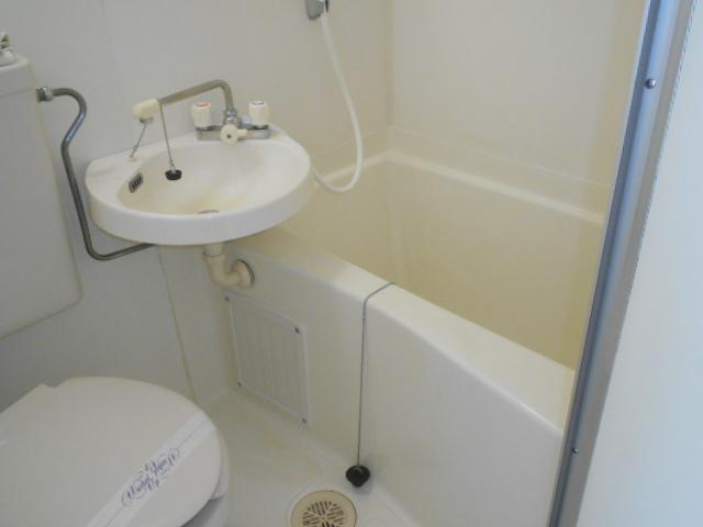 シェール西の京 301号室の風呂