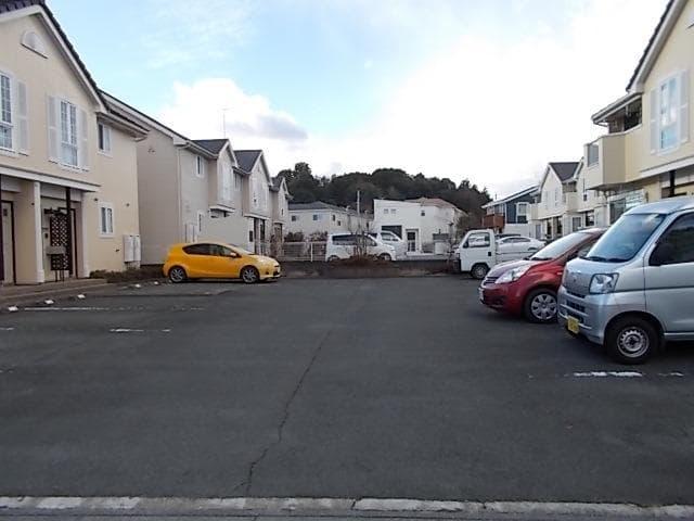GENERAL D 02020号室の駐車場
