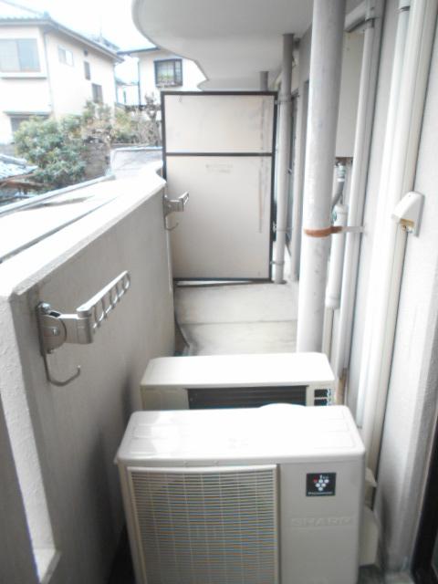メゾン・ド・パルミエ 306号室のバルコニー