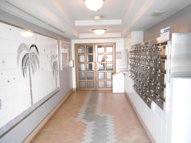 メゾン・ド・パルミエ 306号室のエントランス