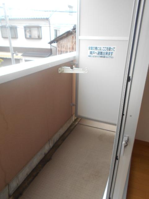 キャピタルミサト 307号室のバルコニー