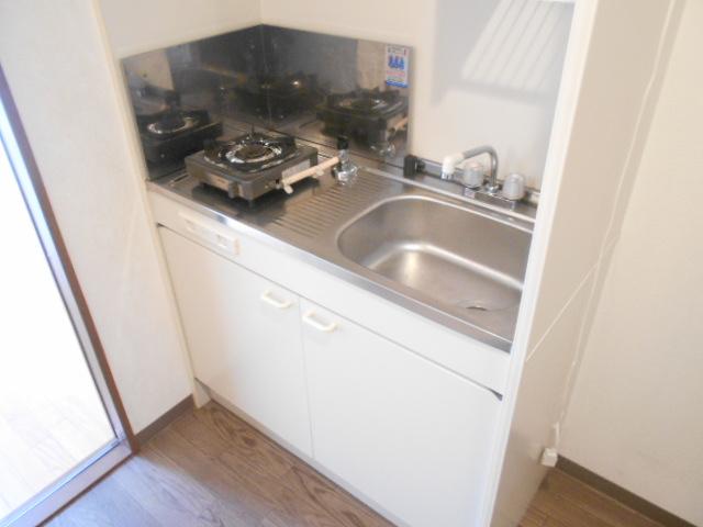 キャピタルミサト 307号室のキッチン