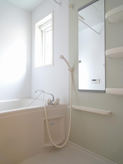 アンジュカルム 01010号室の風呂