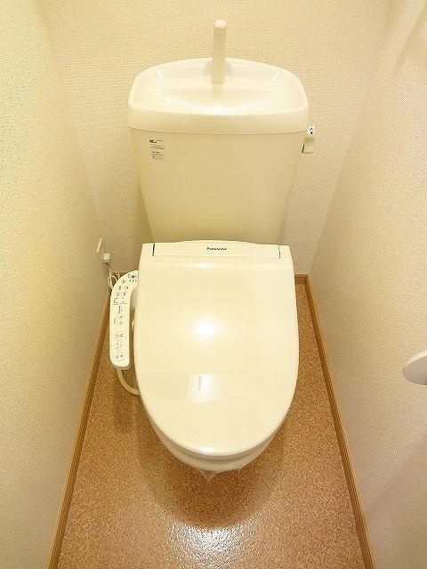 アンジュカルム 01010号室のトイレ