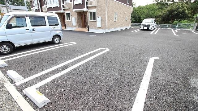 ビアンカ ローザ 赤坂 02040号室の駐車場