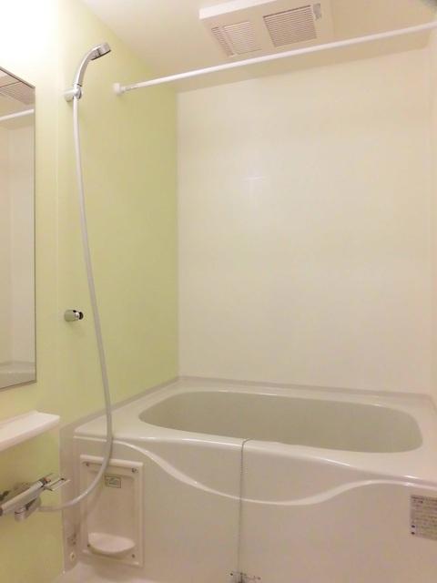 ビアンカ ローザ 赤坂 02040号室の風呂
