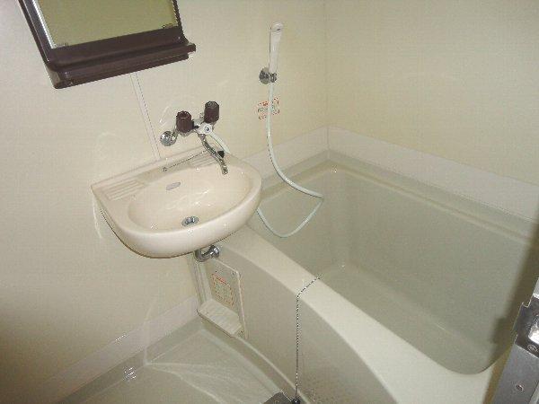 メゾン・ド・パイユ 408号室の風呂