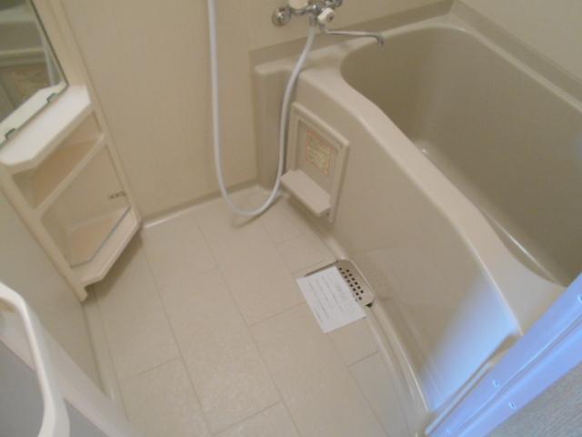 Bell・demeure石灘 301号室の風呂