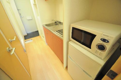 レオパレスUrban桂坂 303号室のキッチン