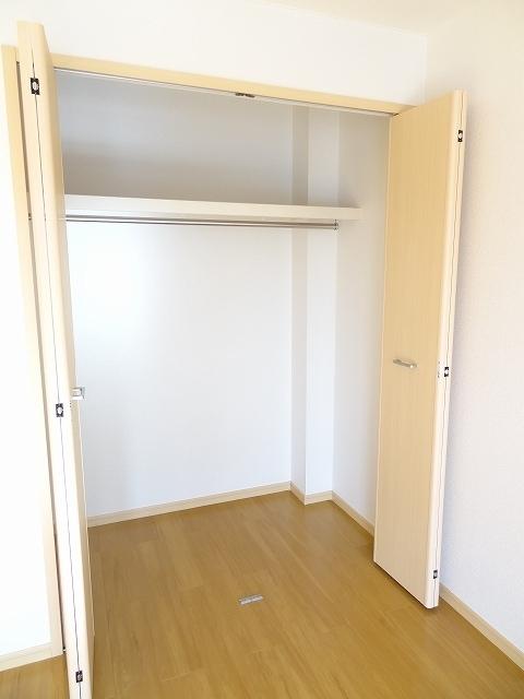 サンライズ 03030号室の収納