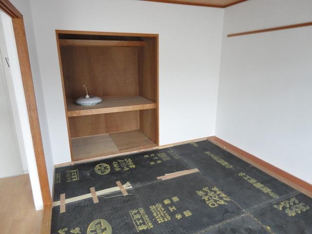 メゾン・ド・シプレ 303号室のリビング