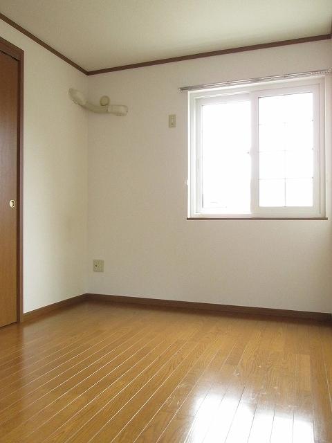 メゾンプラートゥム 01010号室のベッドルーム