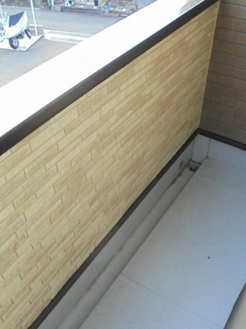 キャメルチュイール 02010号室のバルコニー