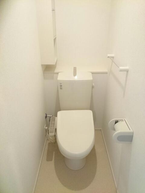 キャメルチュイール 02010号室のトイレ