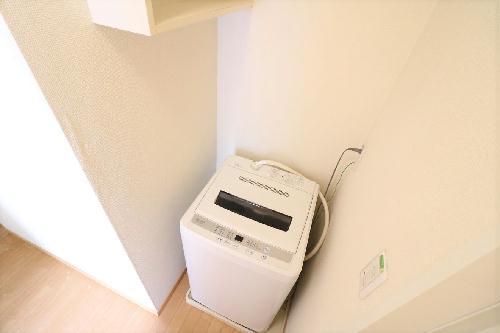 レオパレス壬生六角 202号室の洗面所
