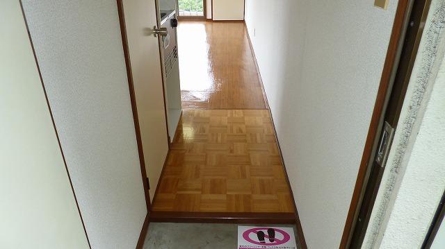 グリーンヒル富塚 201号室の玄関