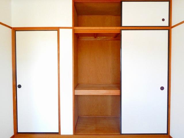 エルディム早川 01060号室の収納