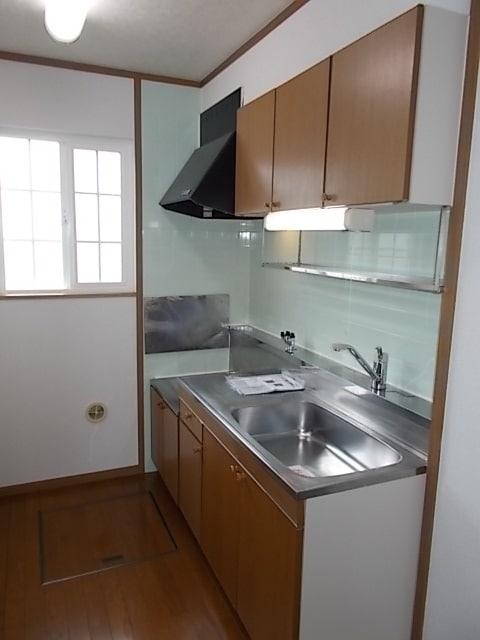 フロレスタⅠ 01020号室のキッチン